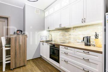 Кухня из крашеного МДФ Vesta 40