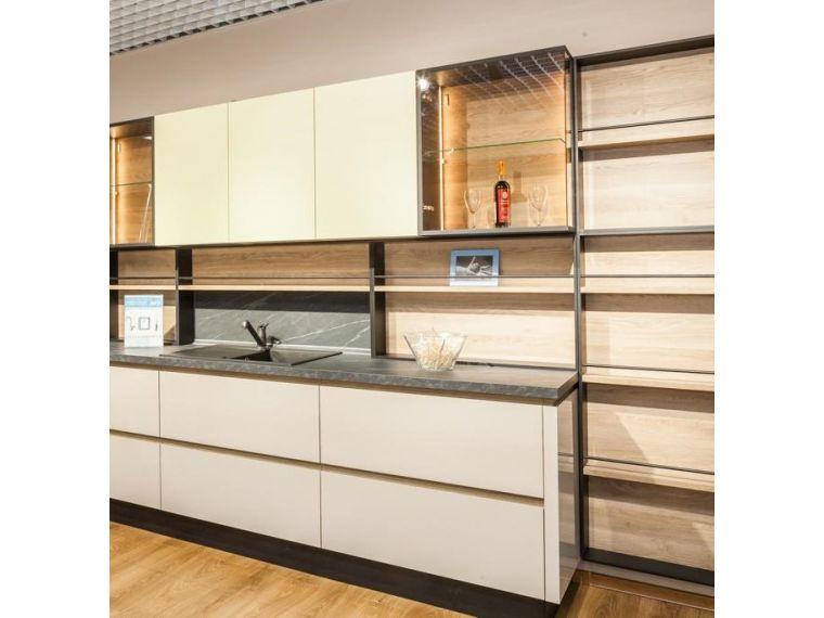 Кухня из пластика Lora 18 фото вблизи