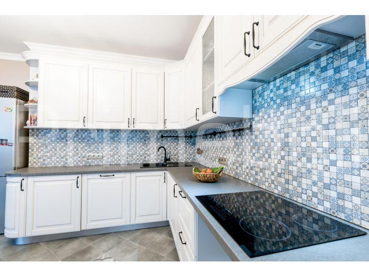 Угловая кухня из массива Tiffany 30 сделанная под заказ