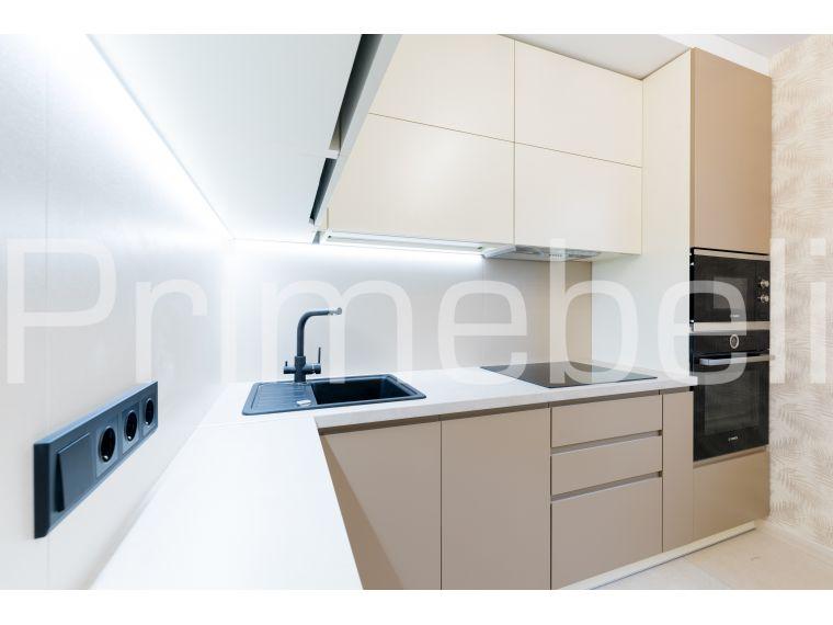 Угловая кухня из МДФ Vesta 33, вид с разных точек - фото 2