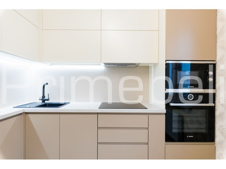 Угловая кухня из крашеного МДФ Vesta 33, вид с разных точек - фото 5