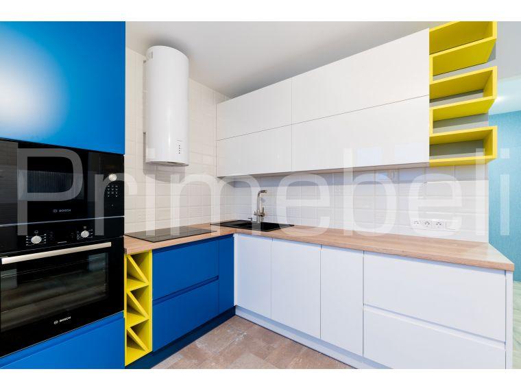Кухонные шкафчики приближенное фото