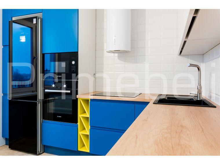 Угол кухни из крашеного МДФ Vesta 29