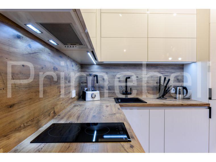 Кухня из пластика Lora 31 - фото с варочной поверхностью