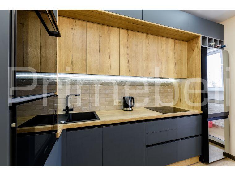 Фото №3 кухни с фасадом из Fenix Savanna 35 с разных точек