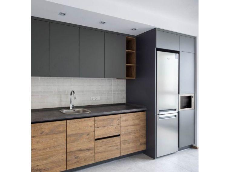 Угловая кухня из Fenix Savanna 8 с холодильником