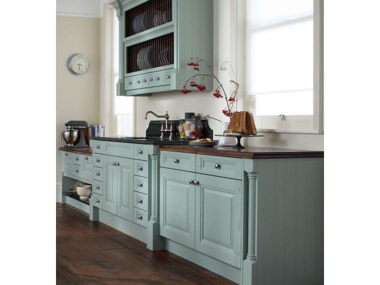 Нижние кухонные шкафчики из массива