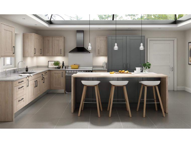 Угловая кухня из массива Tiffany 4 со столом
